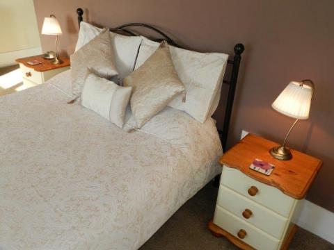 Bed 2 U
