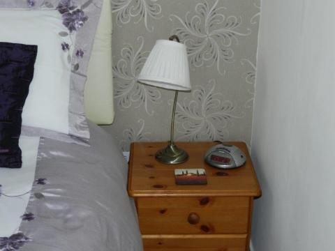 Bed 4 D